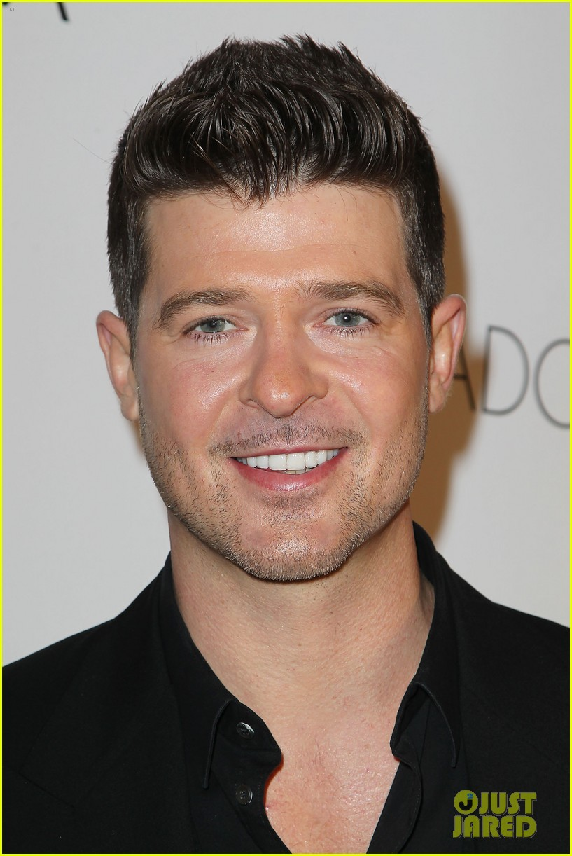 robin thicke paula patton gq gentlemens ball 2013 02