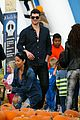 robin thicke paula patton smooches pumpkin patch 10