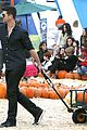 robin thicke paula patton smooches pumpkin patch 31