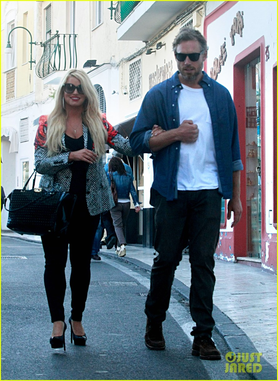 jessica simpson eric johnson continue wedding scouting 04