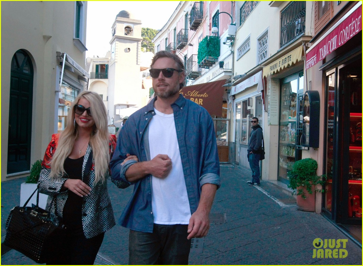 jessica simpson eric johnson continue wedding scouting 092973695