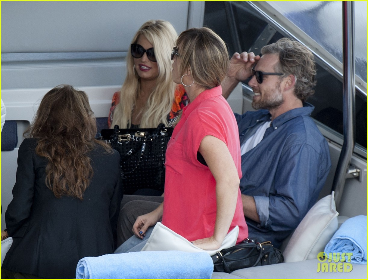jessica simpson eric johnson continue wedding scouting 20