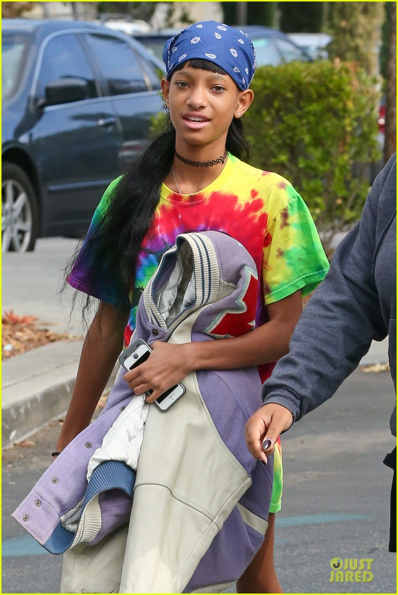 willow jaden smith sugarfish with kylie kendall jenner 19