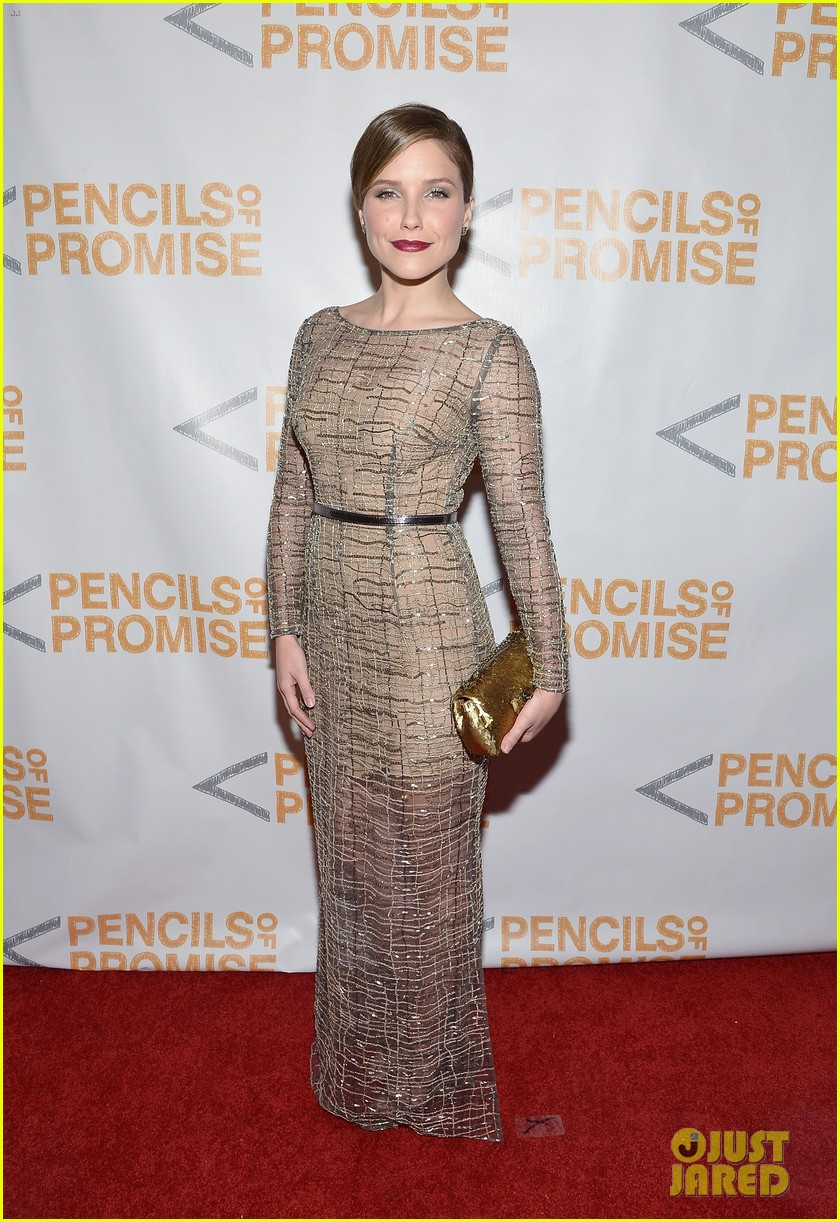 sophia bush serinda swan pencils of promise gala 2013 01