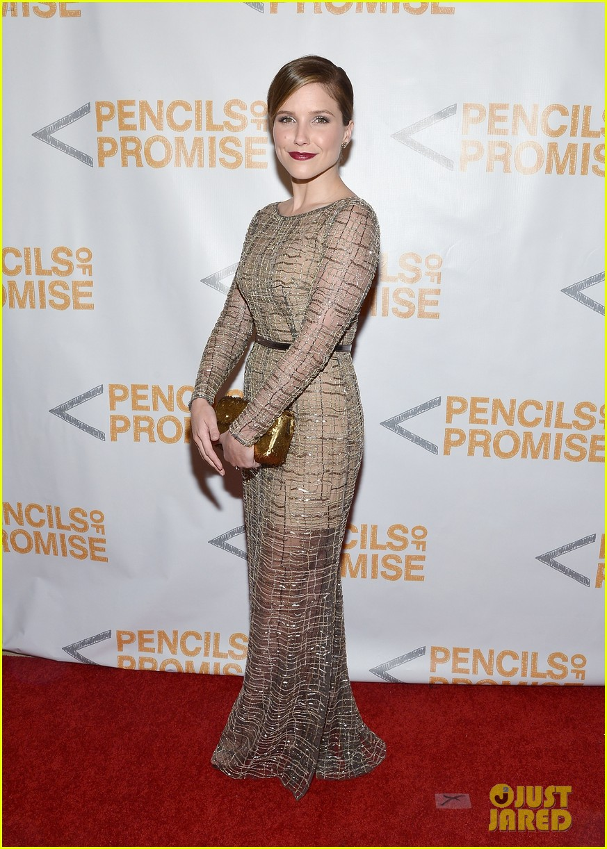 sophia bush serinda swan pencils of promise gala 2013 12