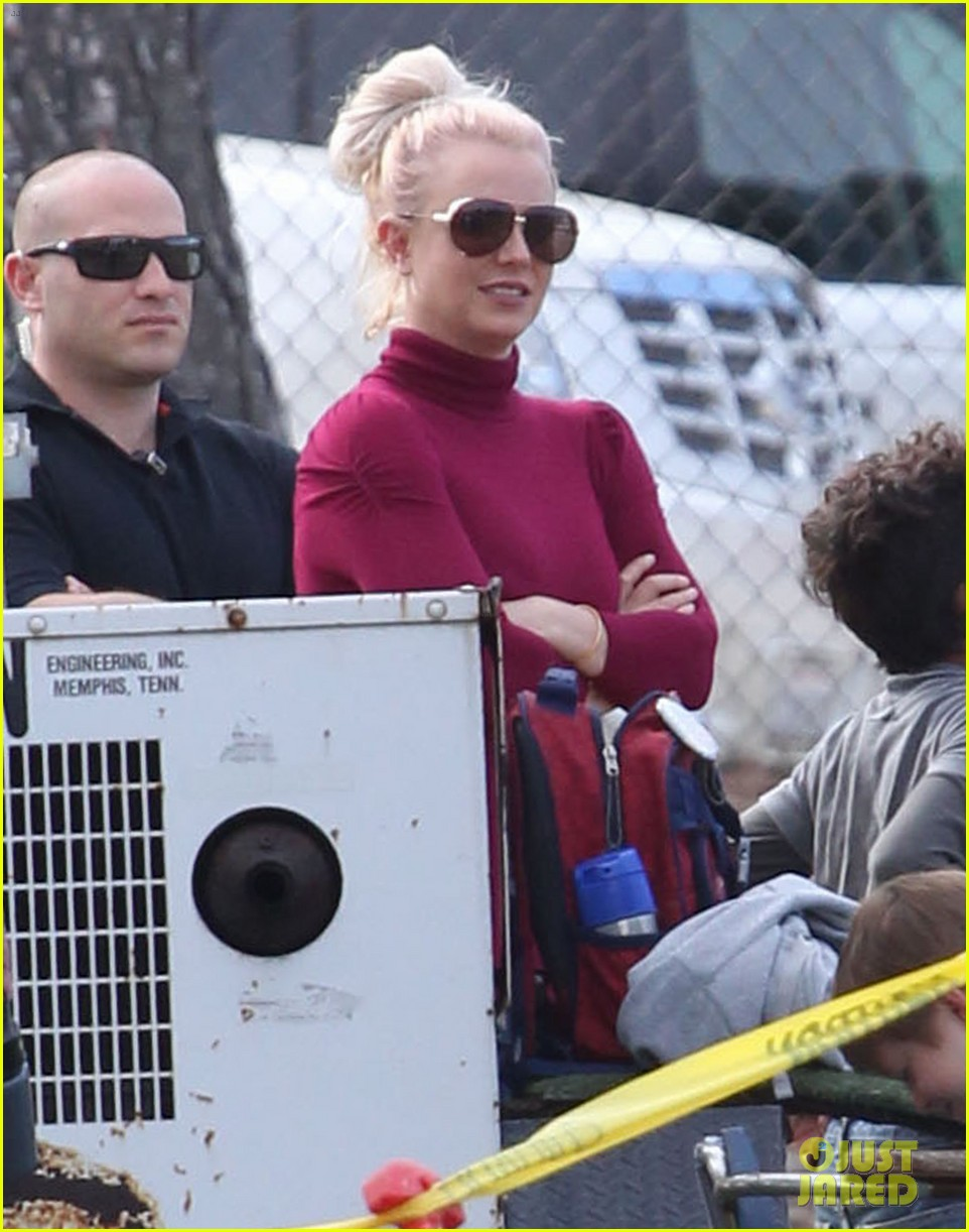 britney spears jayden soccer game with kevin federline 07