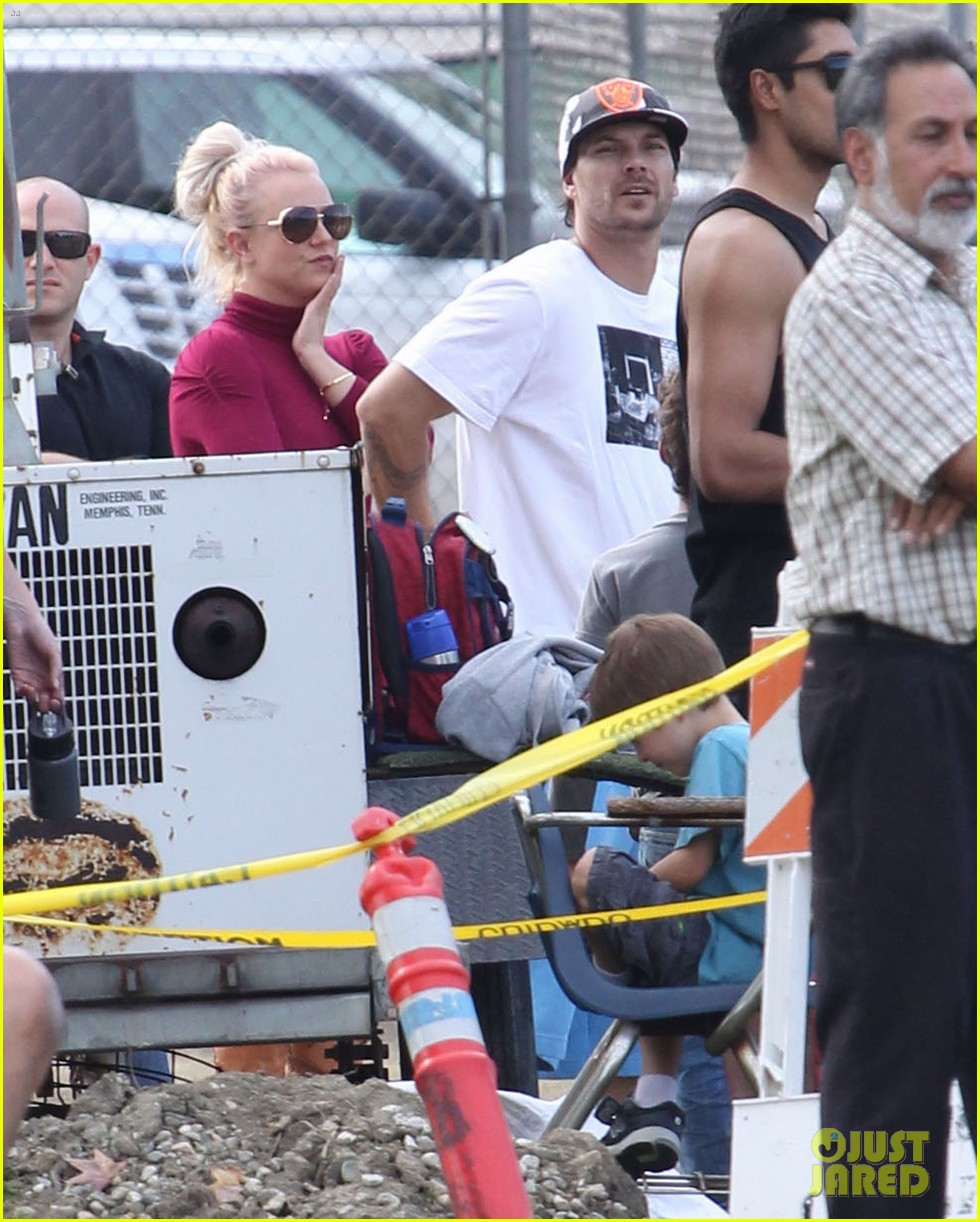 britney spears jayden soccer game with kevin federline 09