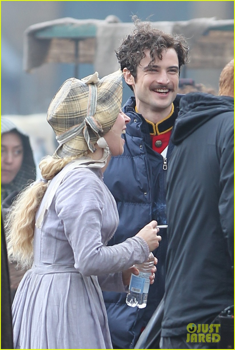 tom sturridge juno temple far from the madding crowd filming 05