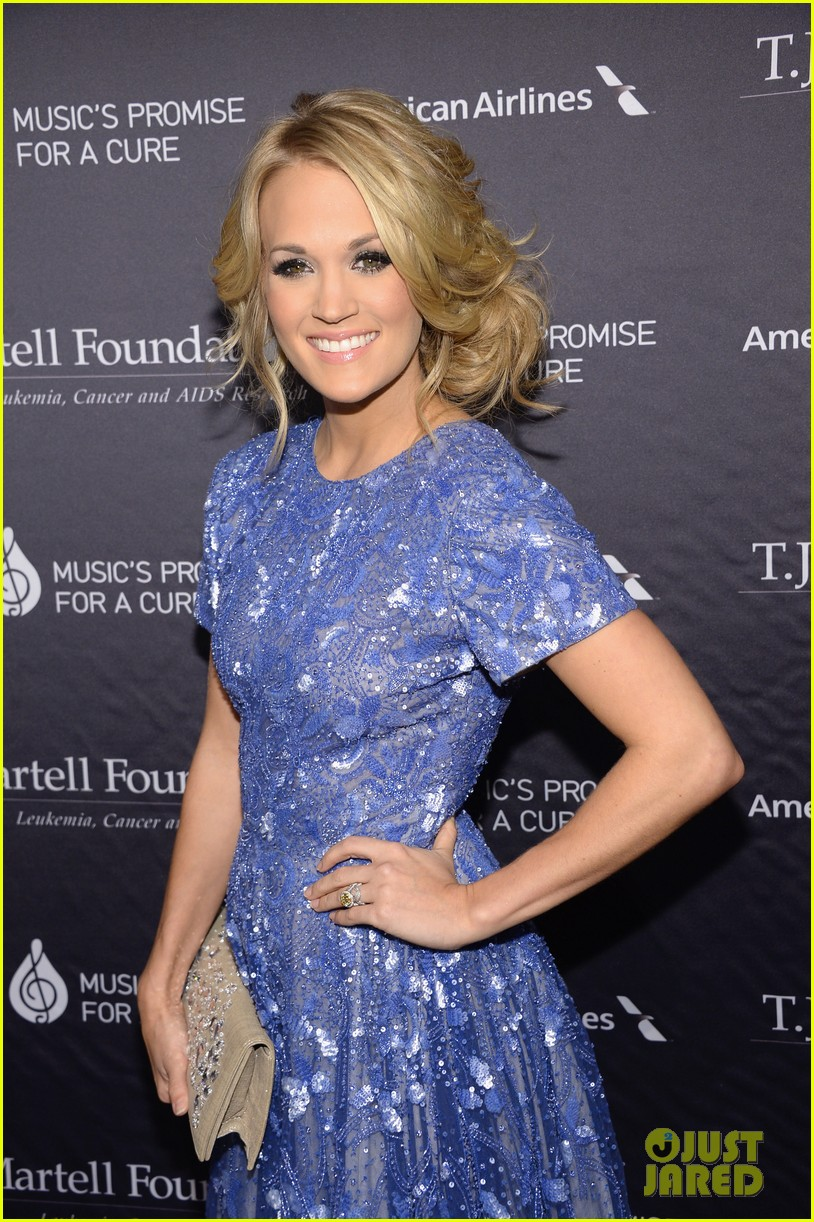 carrie underwood tj martells foundation gala 052977269