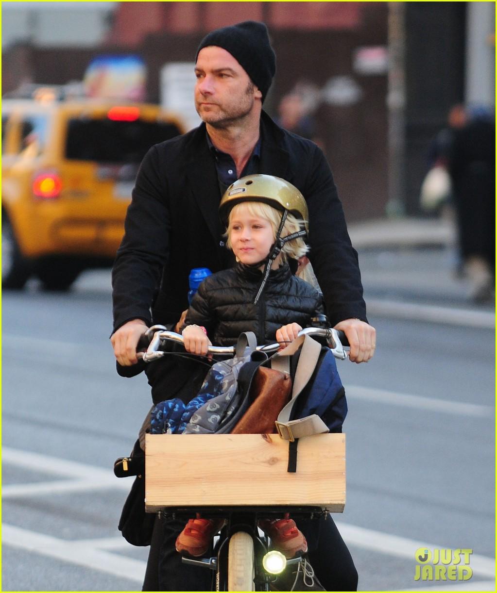 naomi watts liev screiber boys all ride on same bike 062973012