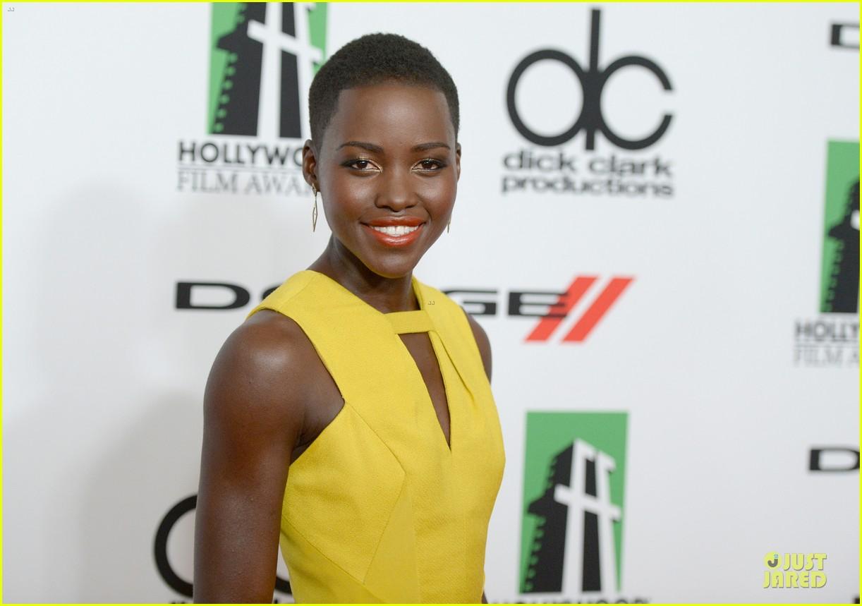 kanye west engagement glow at hollywood film awards 2013 04