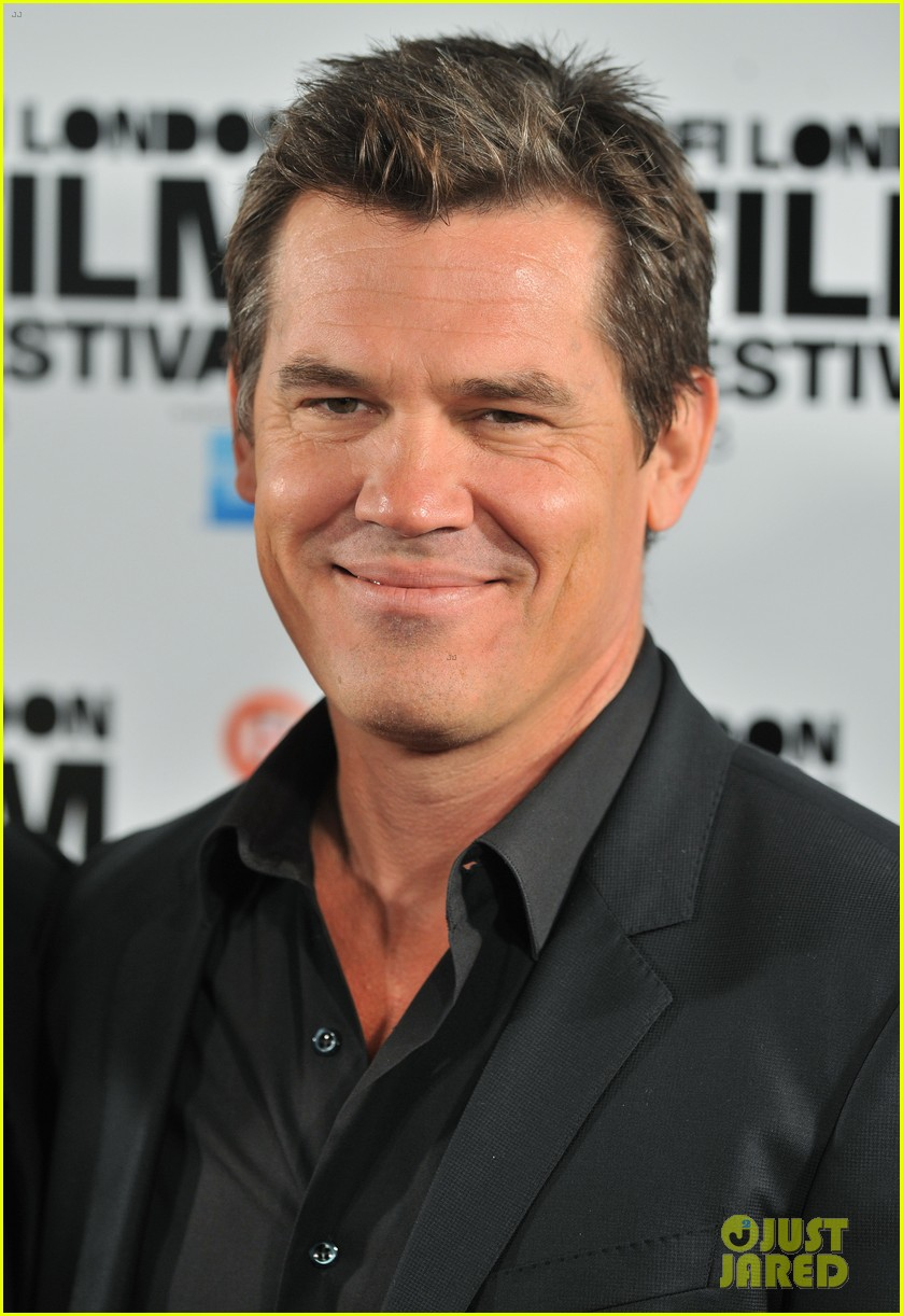 kate winslet josh brolin labor day bfi fest photo call 042971636
