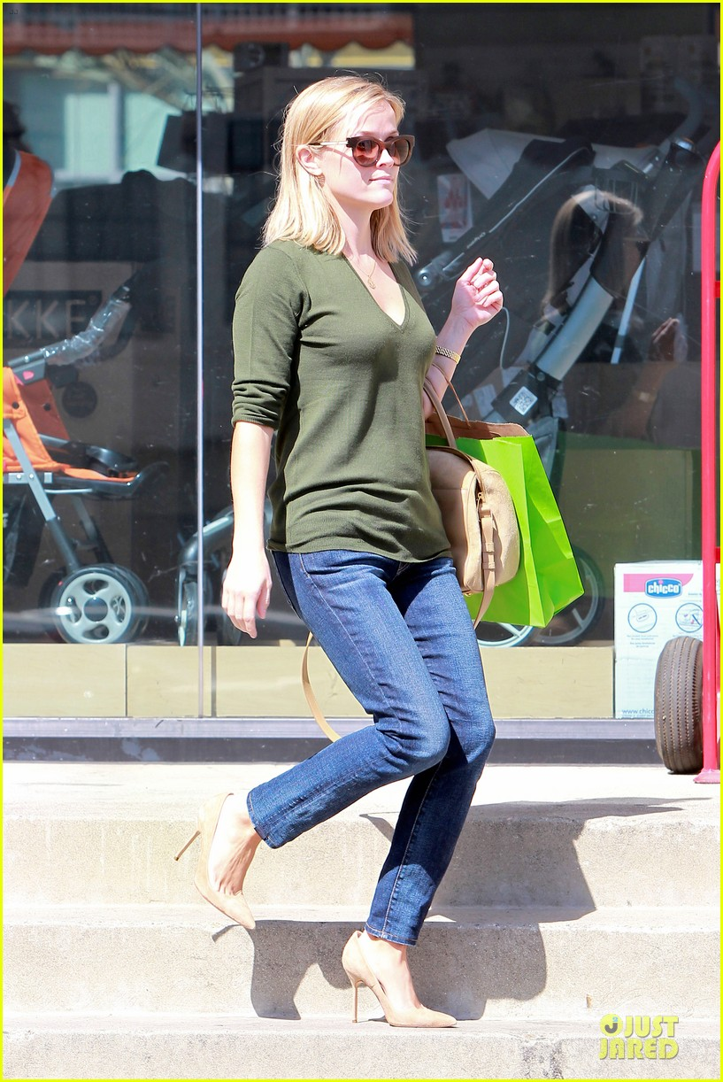 reese witherspoon its all beginning on wild 102966252