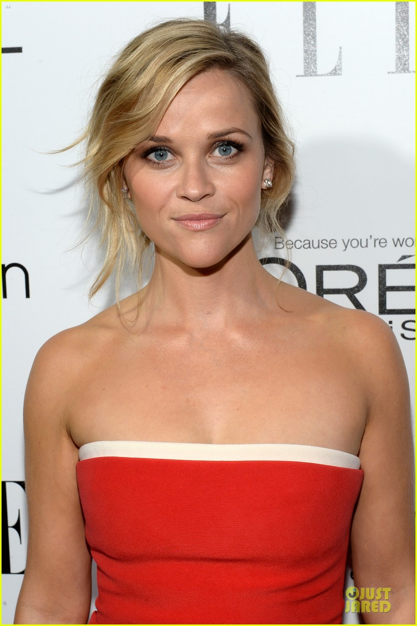 reese witherspoon marion cotillard elle women in hollywood celebration 02
