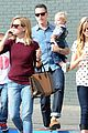 reese witherspoon takes flight after sunday family lunch 19