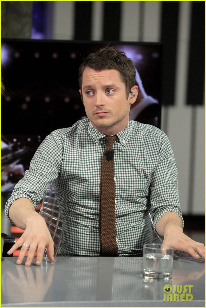 elijah wood grand piano promo in madrid 122972938