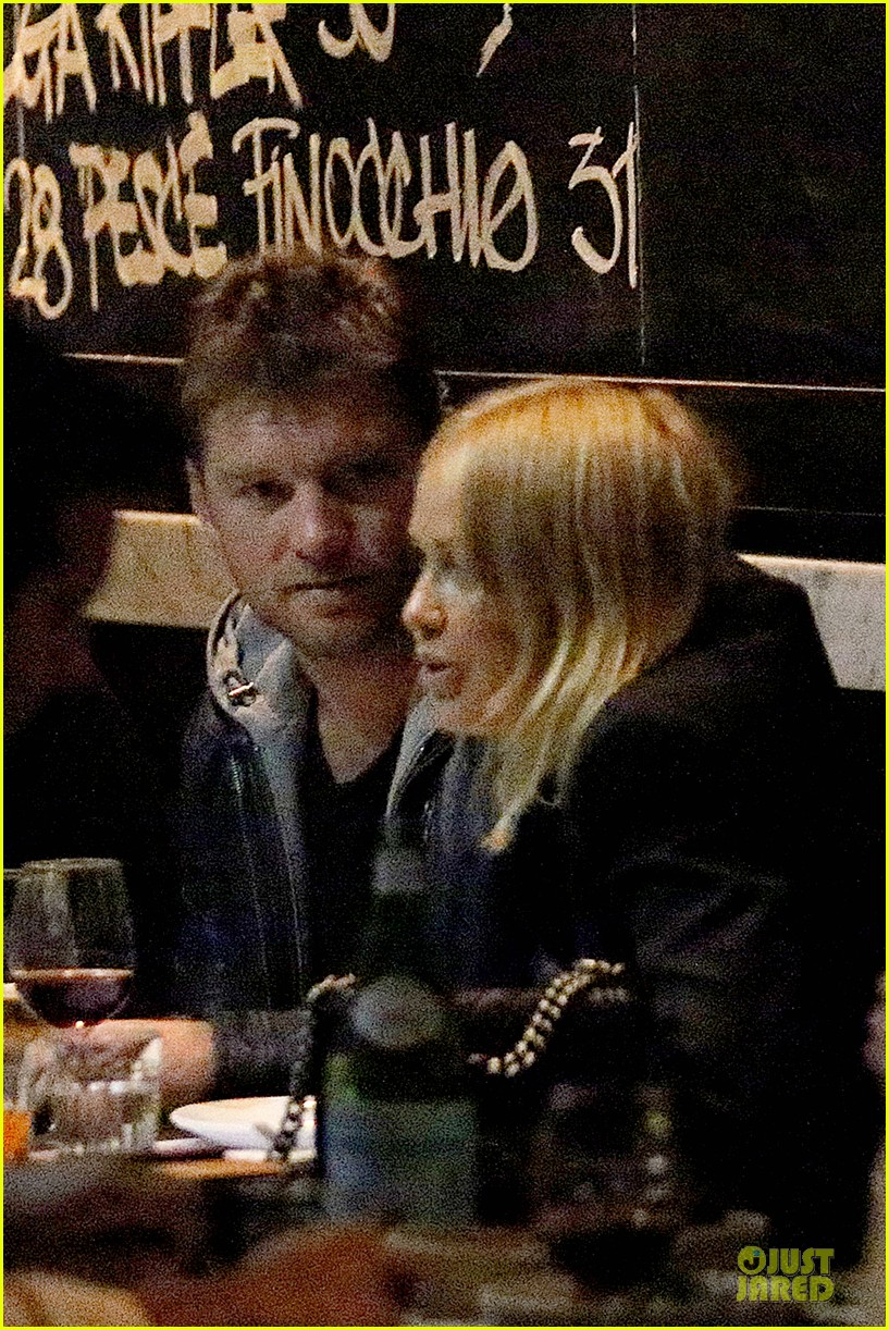 sam worthington lara bingle new couple alert 042969212