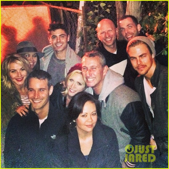 zac efron gives brittany snow hug cuddles at haunted hayride 02