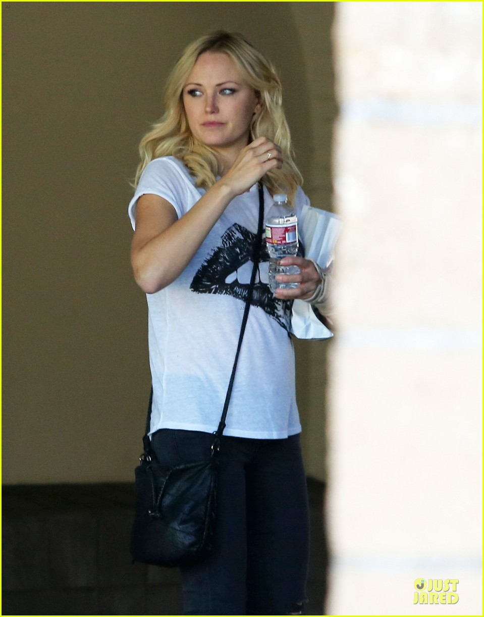 malin akerman wears arm brace after doctors visit 06