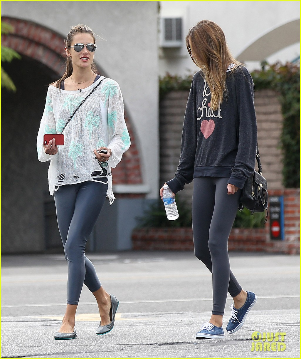 alessandra ambrosio happy thanksgiving friends fans 11