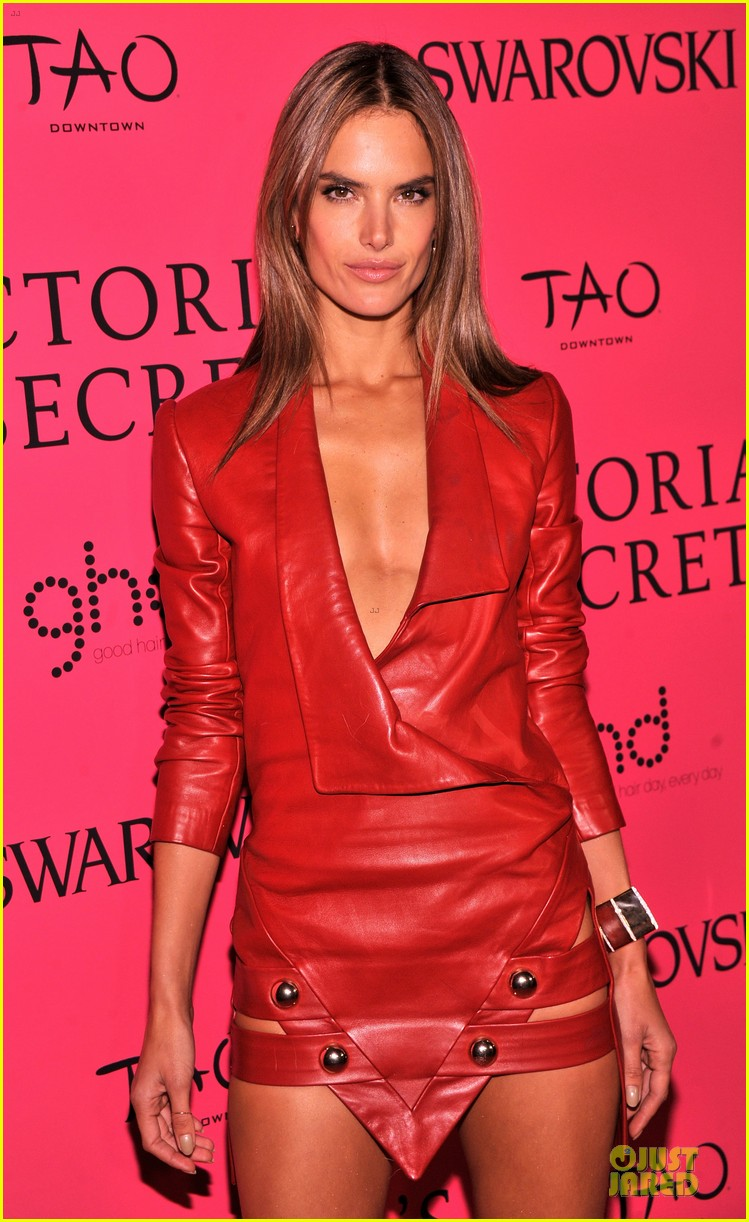 alessandra ambrosio candice swanepoel victorias secret fashion show after party 172992474