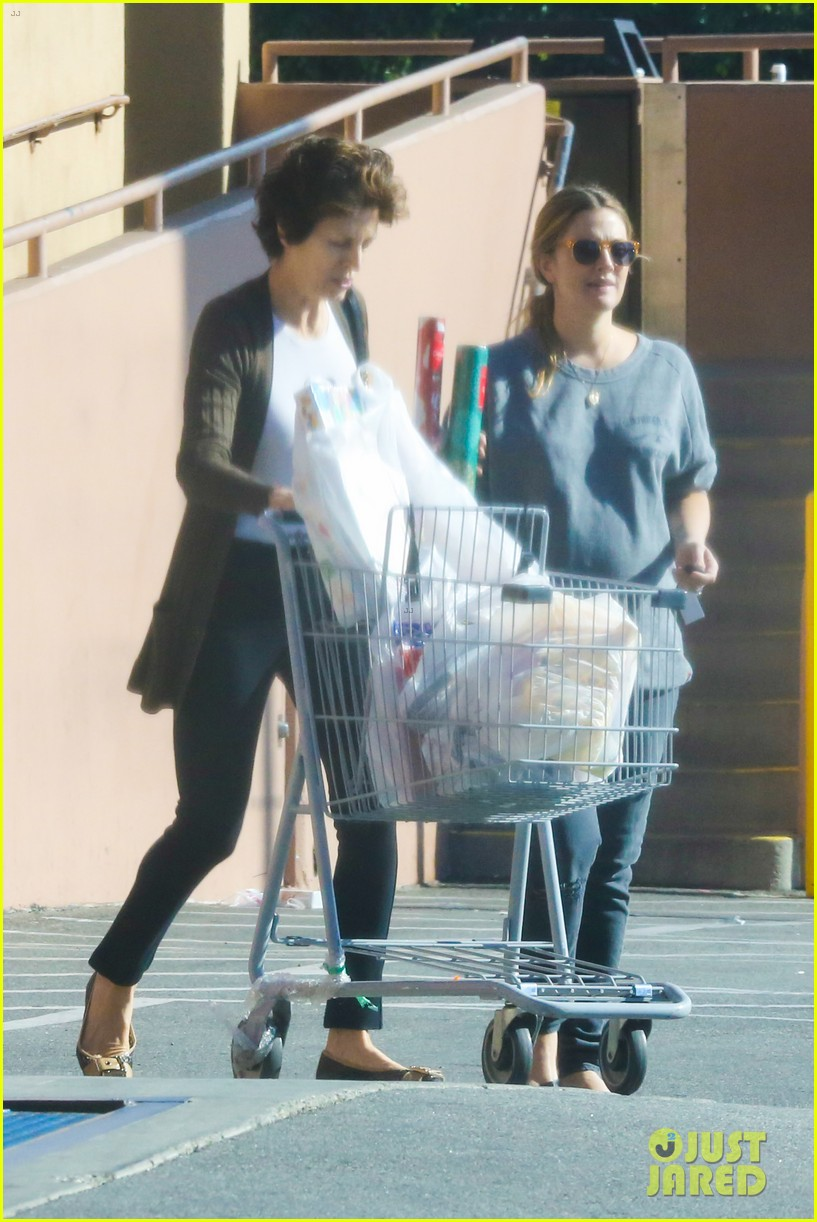 drew barrymore thanksgiving grocery shopping 05