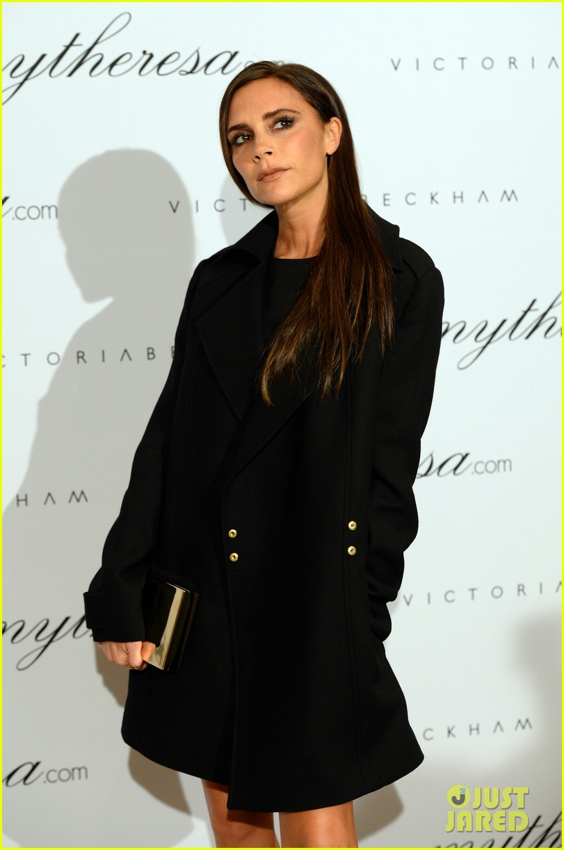 victoria beckham presents spring summer collection 06