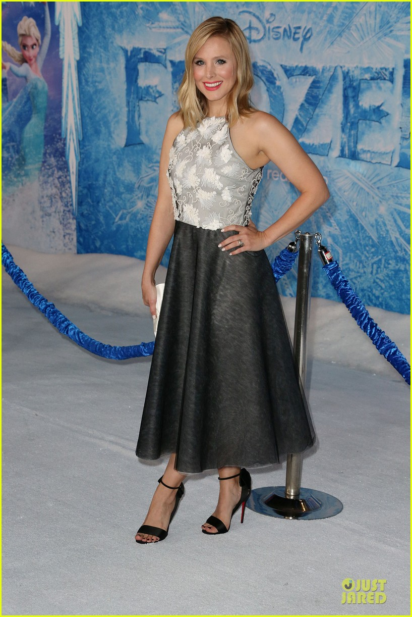 kristen bell demi lovato frozen hollywood premiere 24