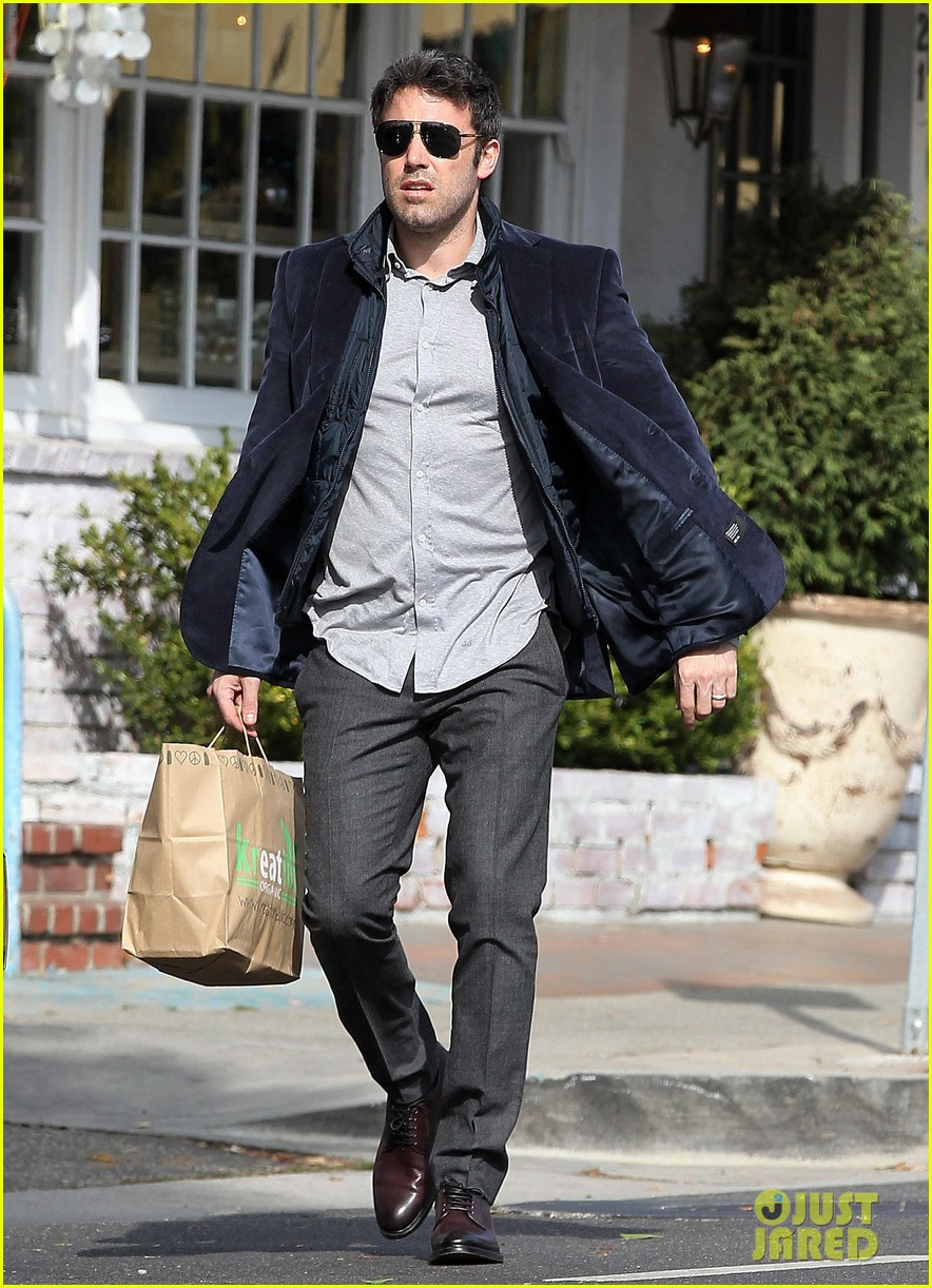 ben affleck jennifer garner busy sunday santa monica 17