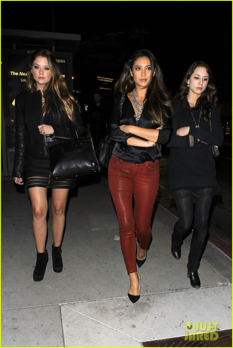 ashley benson shay mitchell pretty little liars wrap party 082985903