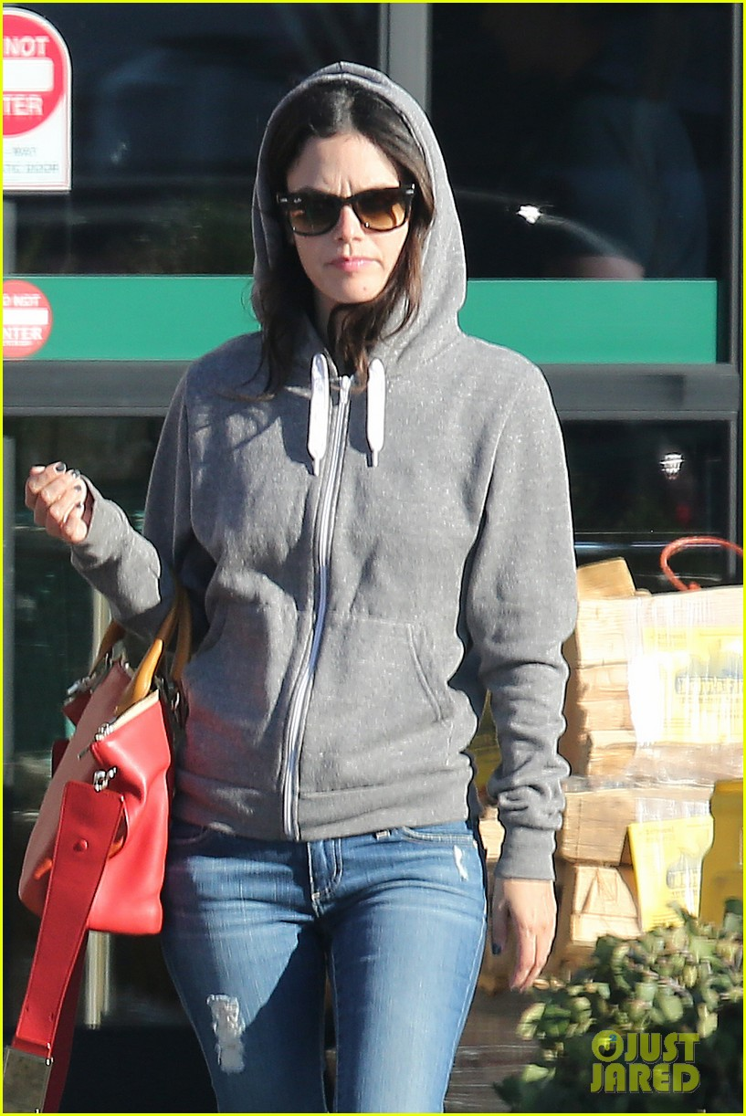 rachel bilson hayden christensen shop for home goods 02