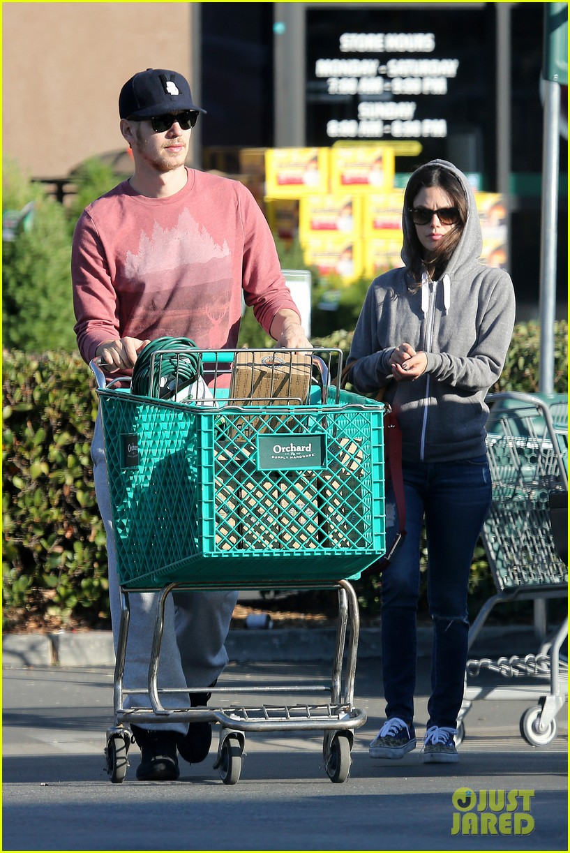 rachel bilson hayden christensen shop for home goods 052989974  Rachel  Bilson Hayden Christensen Shop on. Shop Homegoods   Moncler Factory Outlets com