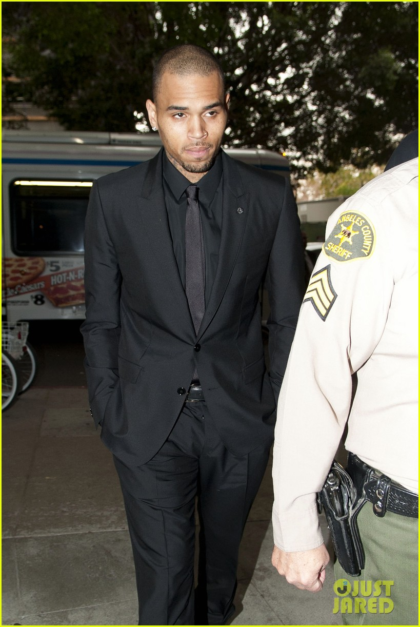 chris brown sentenced to 90 days in rehab facility 062996806