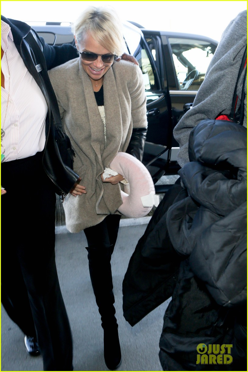 kristin chenoweth happy to be back in new york 06