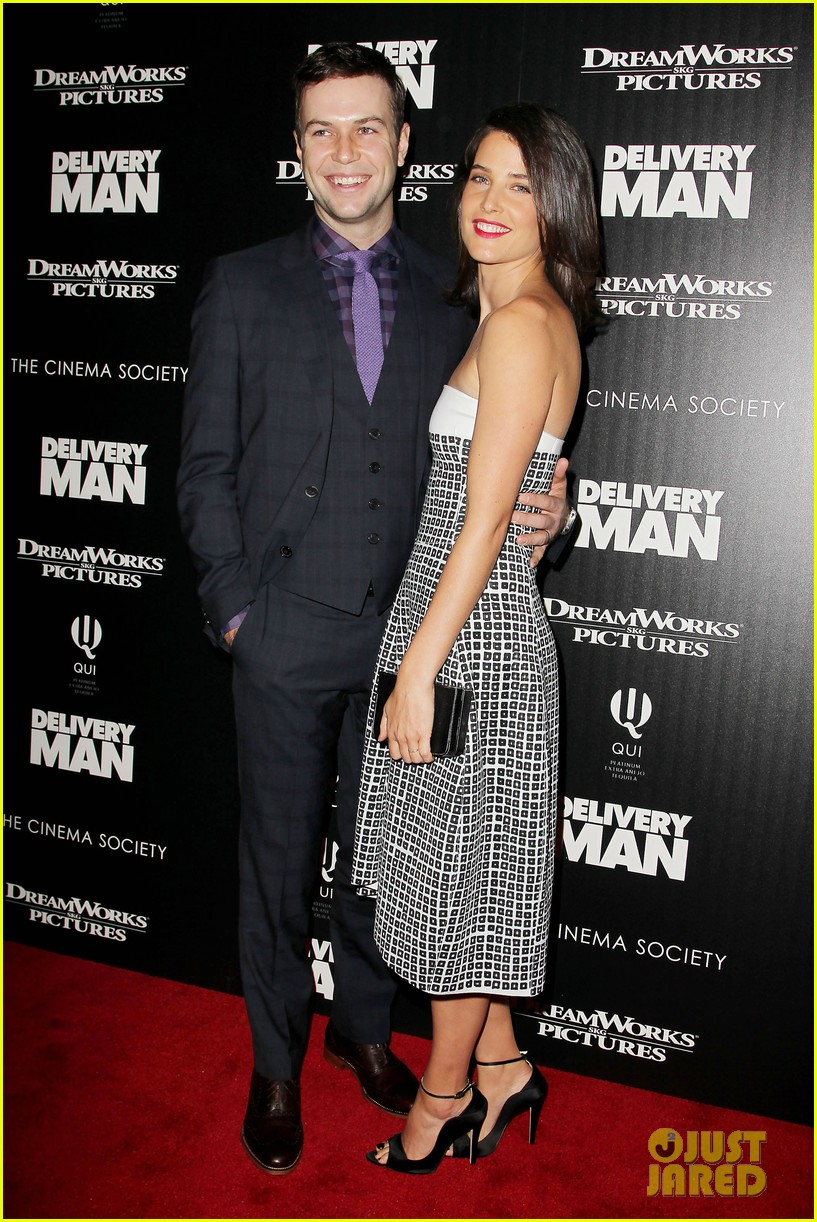 cobie smulders delivery man premiere with vince vaughn 012995130