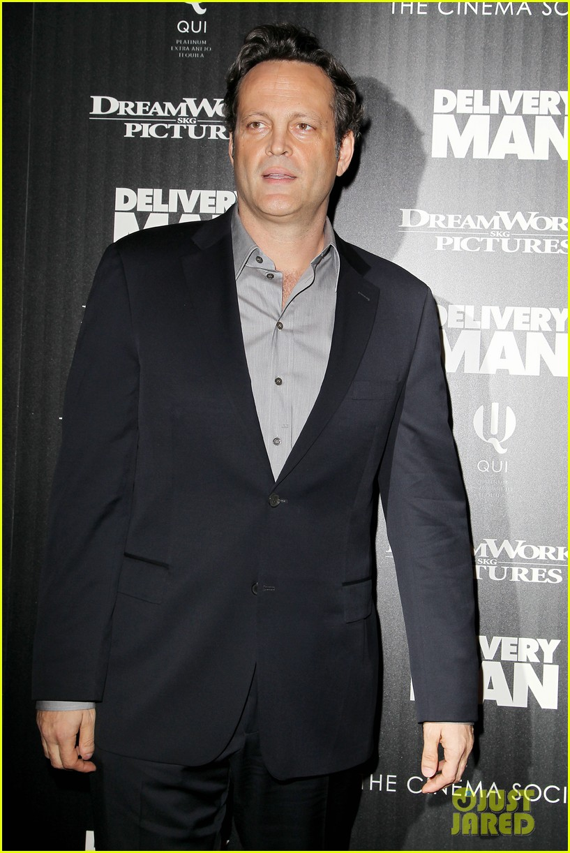 cobie smulders delivery man premiere with vince vaughn 19