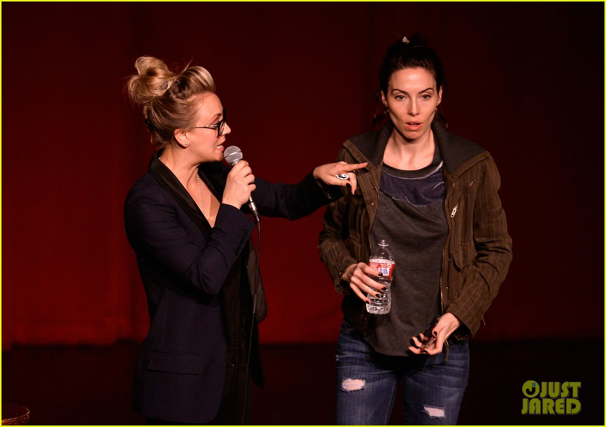 kaley cuoco ryan sweeting stand up for pits 05