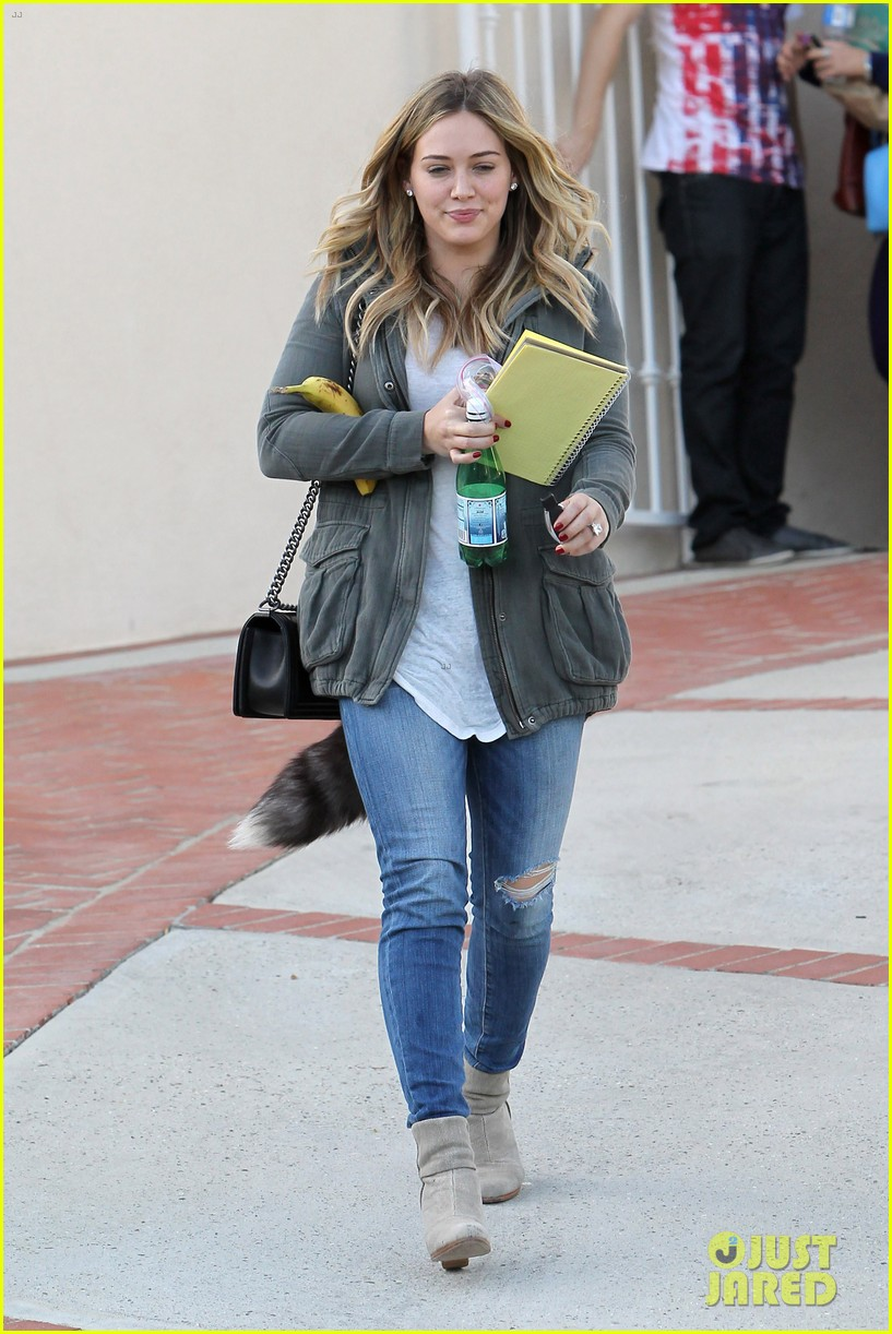 hilary duff only baby im working on is my album 18