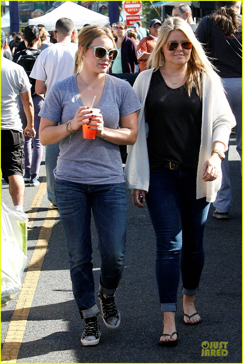 hilary duff monday workout after farmer market fun 20