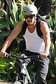 josh duhamel bares his biceps in muscle tank on bike ride 20