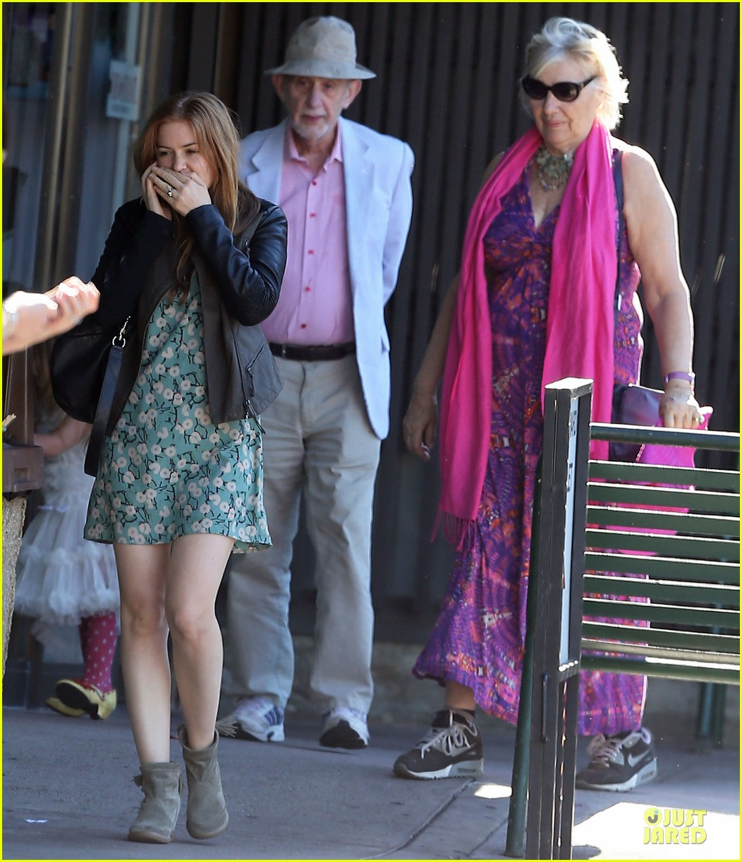 isla fisher sacha baron cohen katsuya lunch with parents 062988762