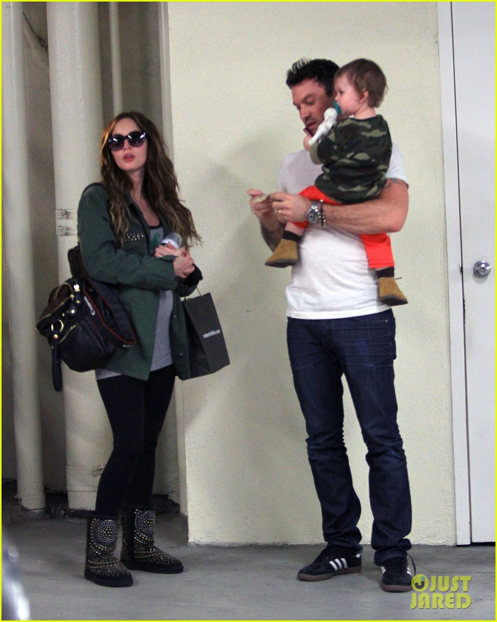 megan fox brian austin green take noah to the doctor 01