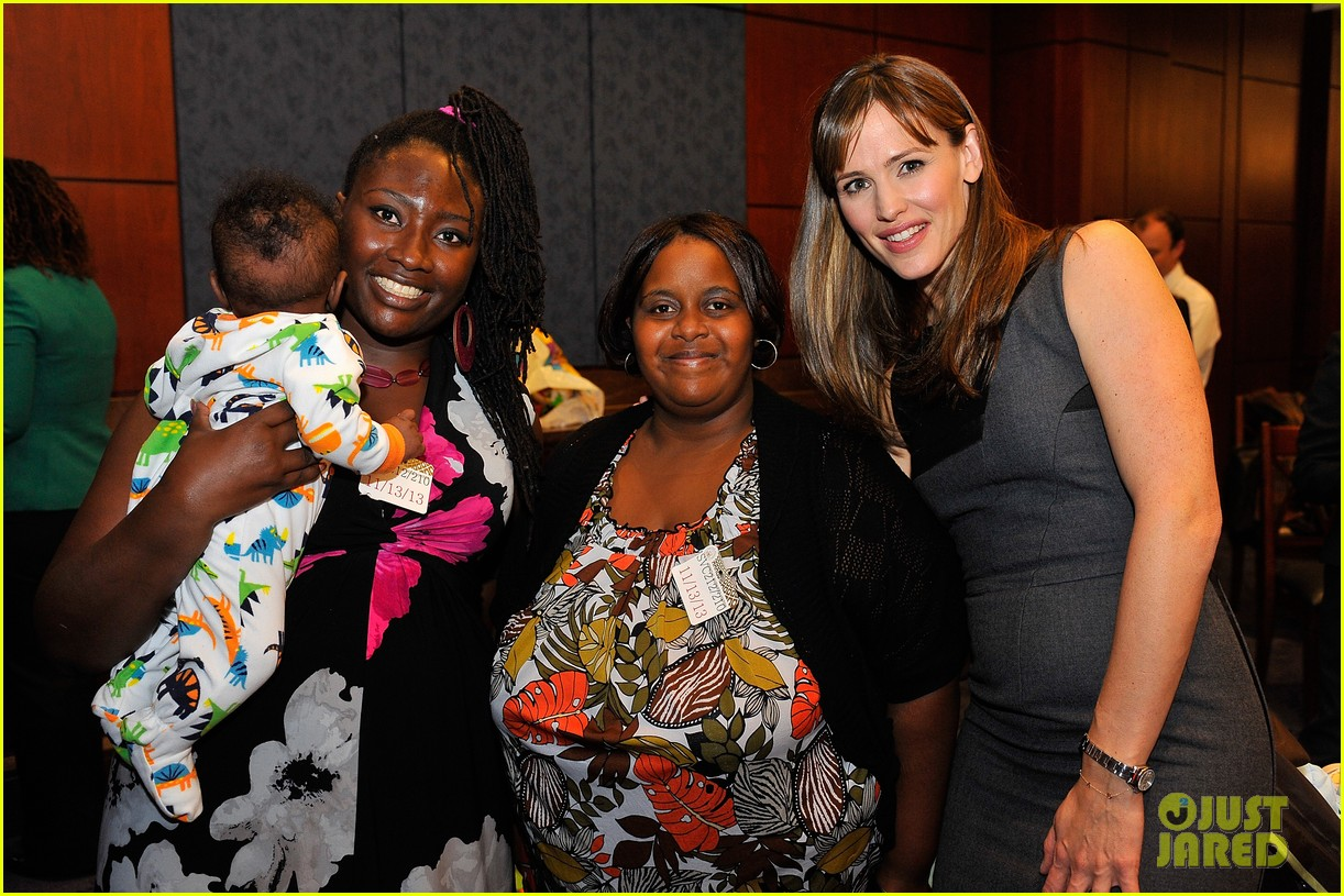 jennifer garner visits capitol hill to introduce strong start bill 062991950