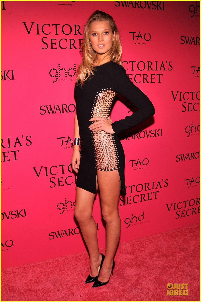 toni garrn karlie kloss victorias secret fashion show after party 2013 042992418