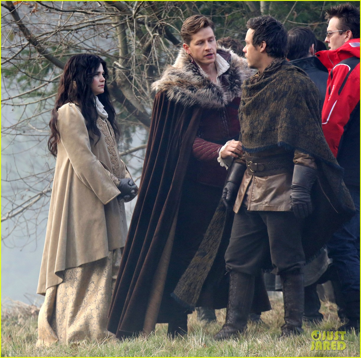 ginnifer goodwin cradles baby bump kisses josh dallas on set 103002080