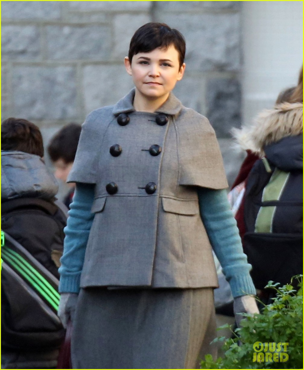 ginnifer goodwin steps out after killing kennedy breaks ratings records 02