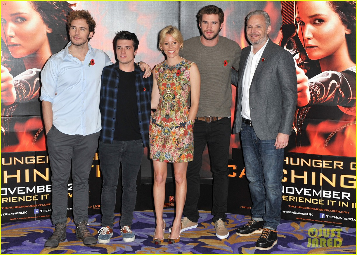 liam hemsworth josh hutcherson catching fire london photo call 23