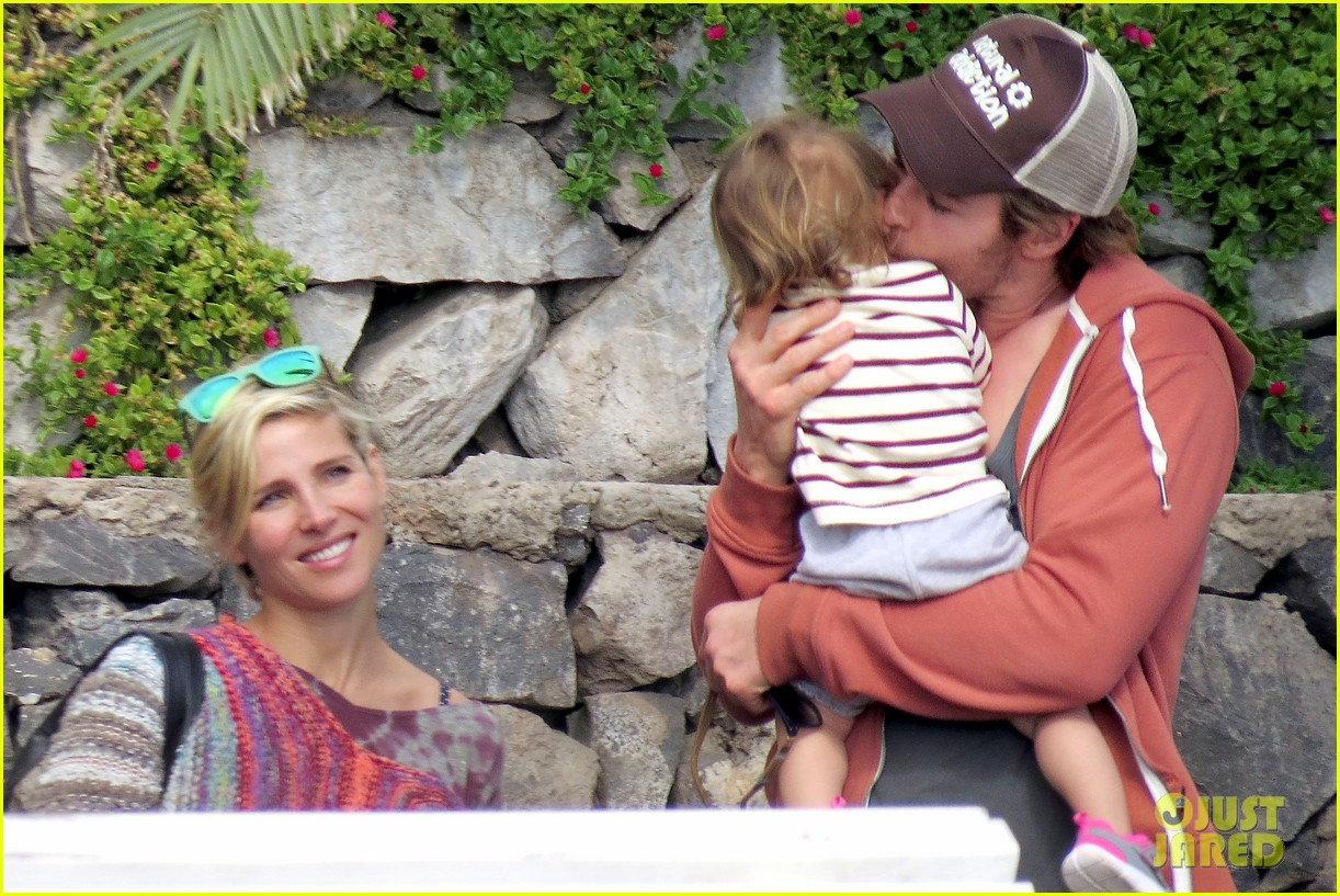 chris hemsworth pregnant elsa pataky spend time with india 02