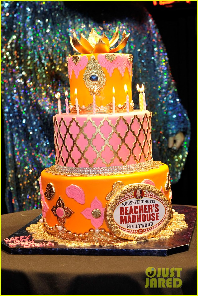 vannessa hudgens stella birthday party at beachers madhouse 242995398