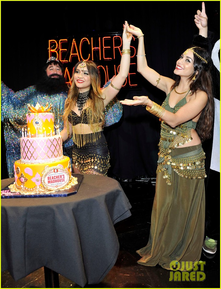 vannessa hudgens stella birthday party at beachers madhouse 252995399